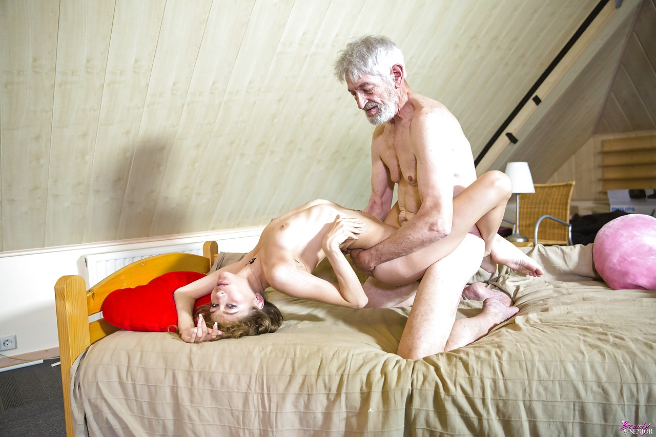 Old young sex russian — pic 8